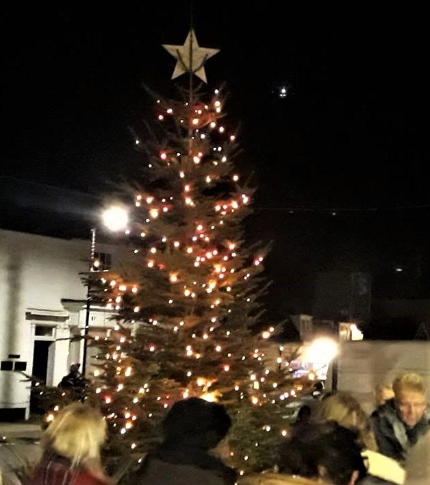 Christmas Lights Turned On In Burnham Burnham On Crouch